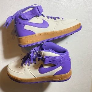 Nw Nike Air Force 1 MiD 07 size 10